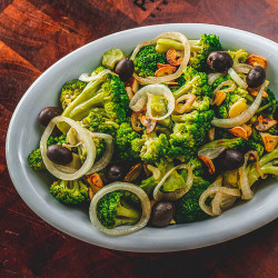 Salada de brocólis